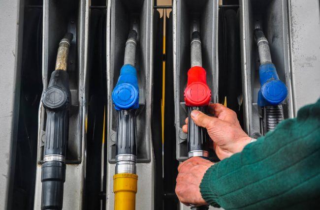 Segurança patrimonial de posto de gasolina: 5 dicas para o seu negócio
